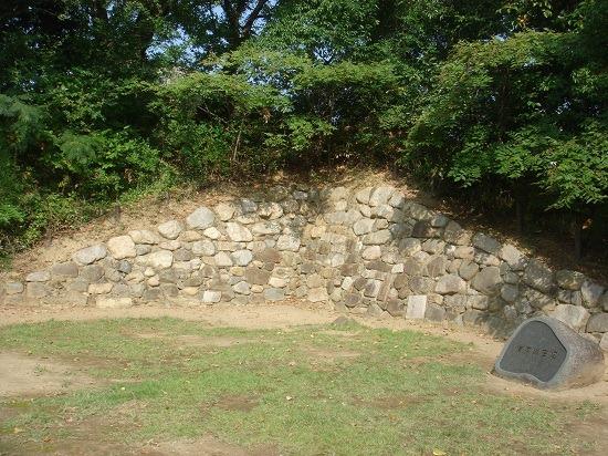 11本丸石垣