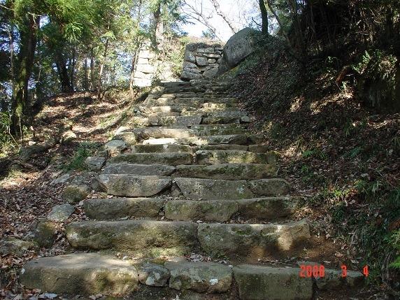 天守曲輪への石段3