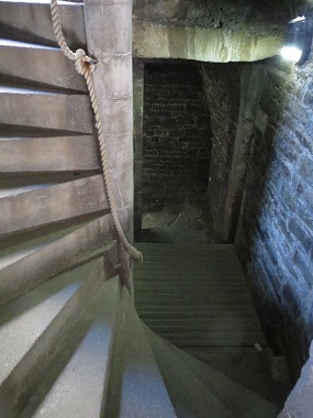 39prison-tower2