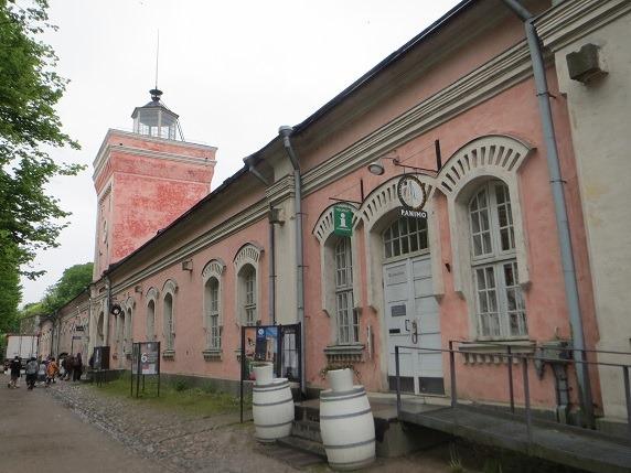 13城門と建物