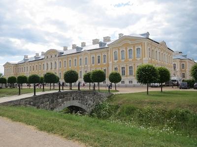 ルンダーレ宮殿(ピルスルンダーレ)