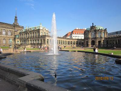 ツヴィンガー宮殿(ドレスデン)